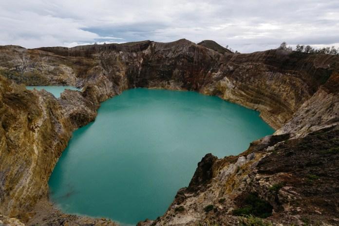 A Guide To Indonesia S Azure Blue Kelimutu Lake