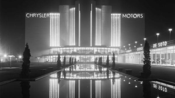 Travel Art Deco Chicago With Book