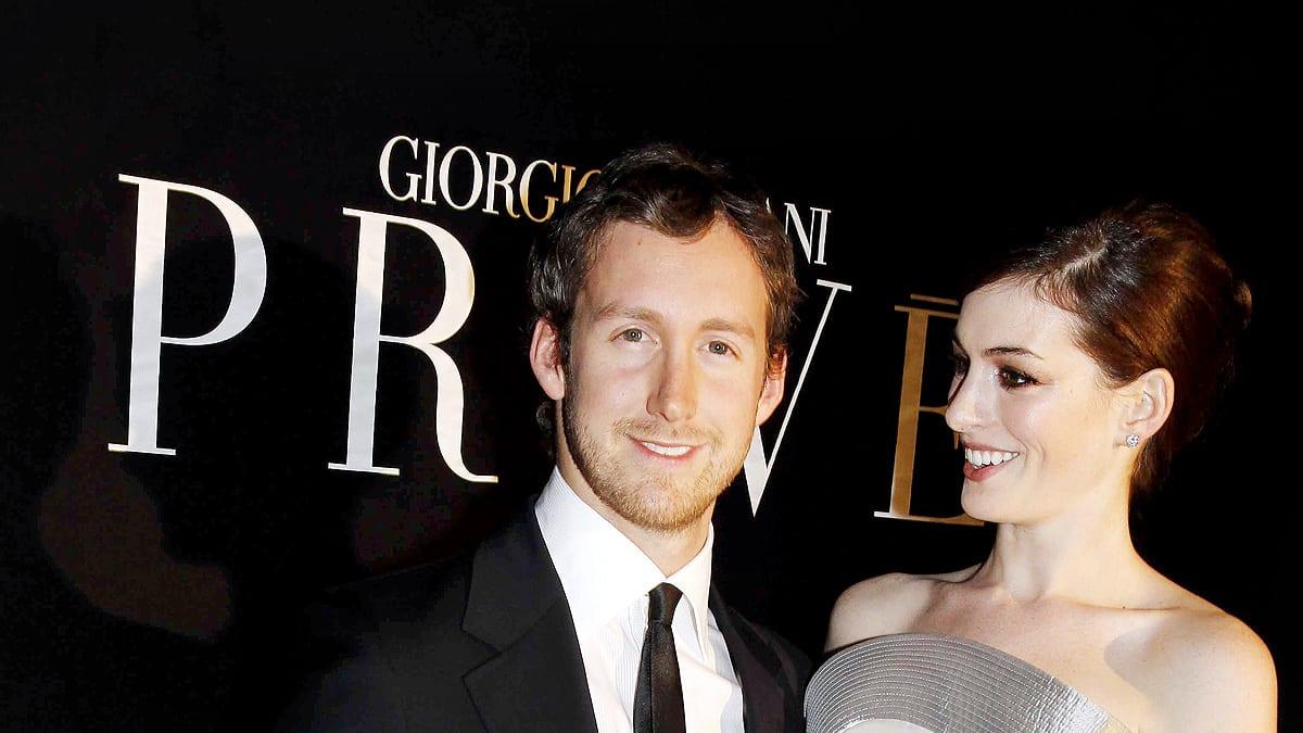 Anne Hathaways New Fianc Adam Shulman a Mystery Man