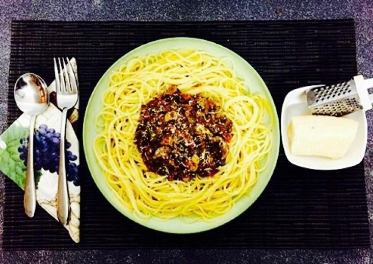 Spaghetti bolognese with mushrooms recipe 3