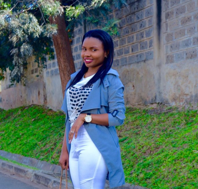 grey lightweight trench coat outfit 4
