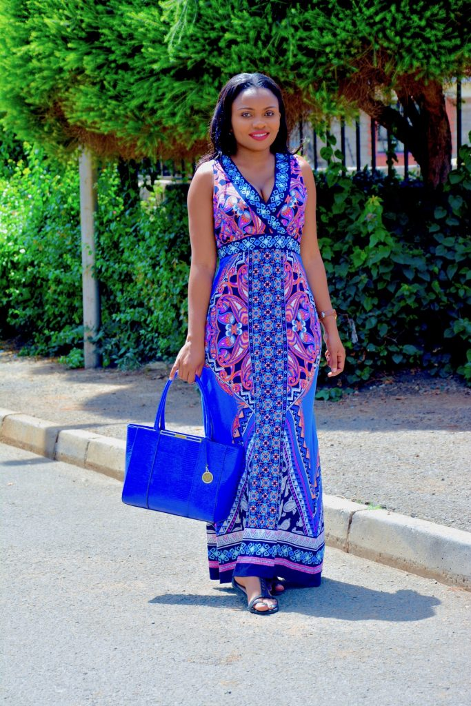 blue summer maxi dress outfit