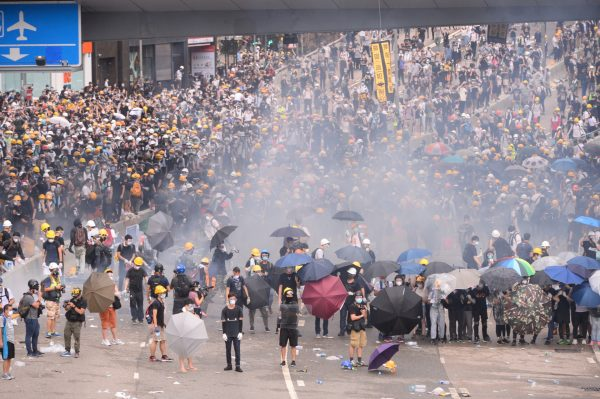 Hong Kong protest against extradition (1)