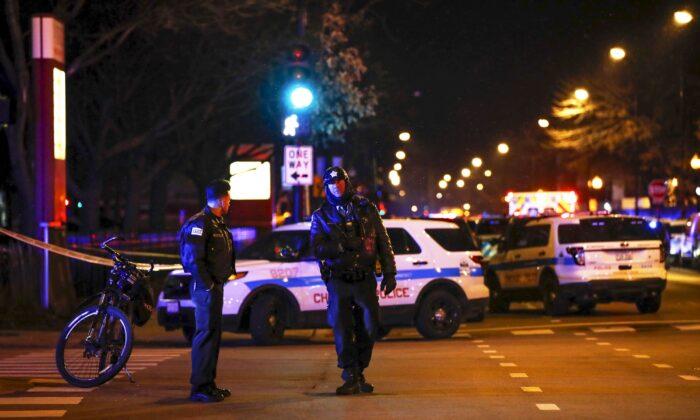 62 Shot, 14 Killed in Chicago Weekend Violence