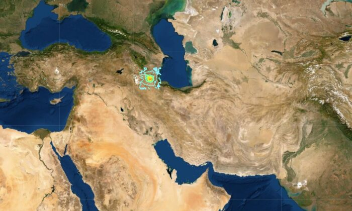 Quake in Northwestern Iran Kills 4, Injures 70: Reports