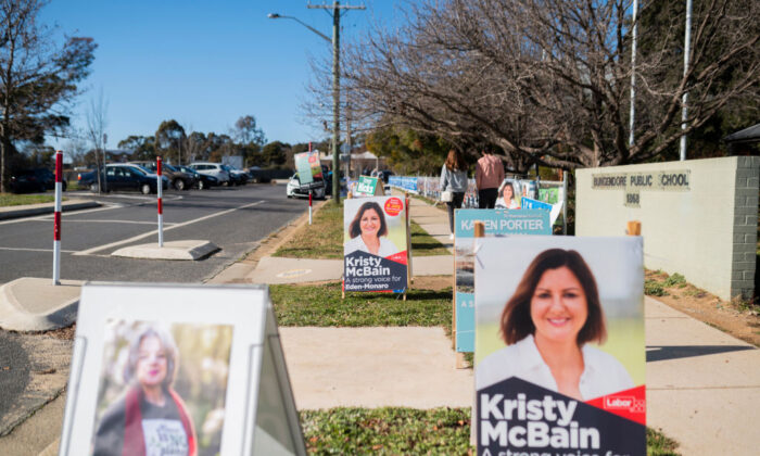 Election signages for Labor's candidate Kristy McBain are displayed outside Bungendore Public School on July 04, 2020 in Bungendore, Australia (Photo by Rohan Thomson/Getty Images)