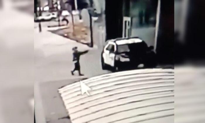Gunman Who Shot Two LA Deputies Still Being Sought as Reward Eclipses 0,000