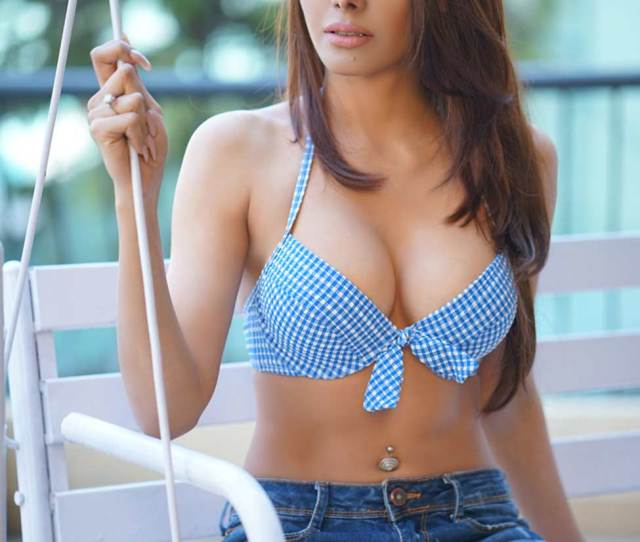 Kamasutra Girl Sherlyn Chopra Turns Producer
