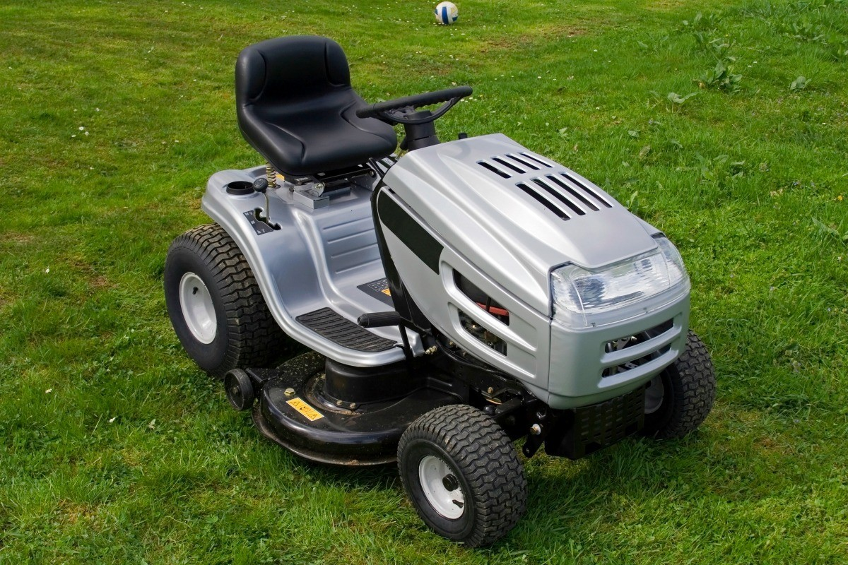hight resolution of riding mower keeps shutting off
