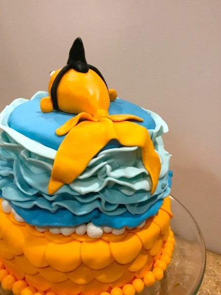 Creating A Sharky Goldfish Birthday Cake Thriftyfun