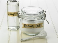 Cleaning With Baking Soda and Vinegar | ThriftyFun