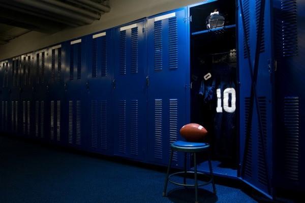 Decorating a Football Locker  ThriftyFun