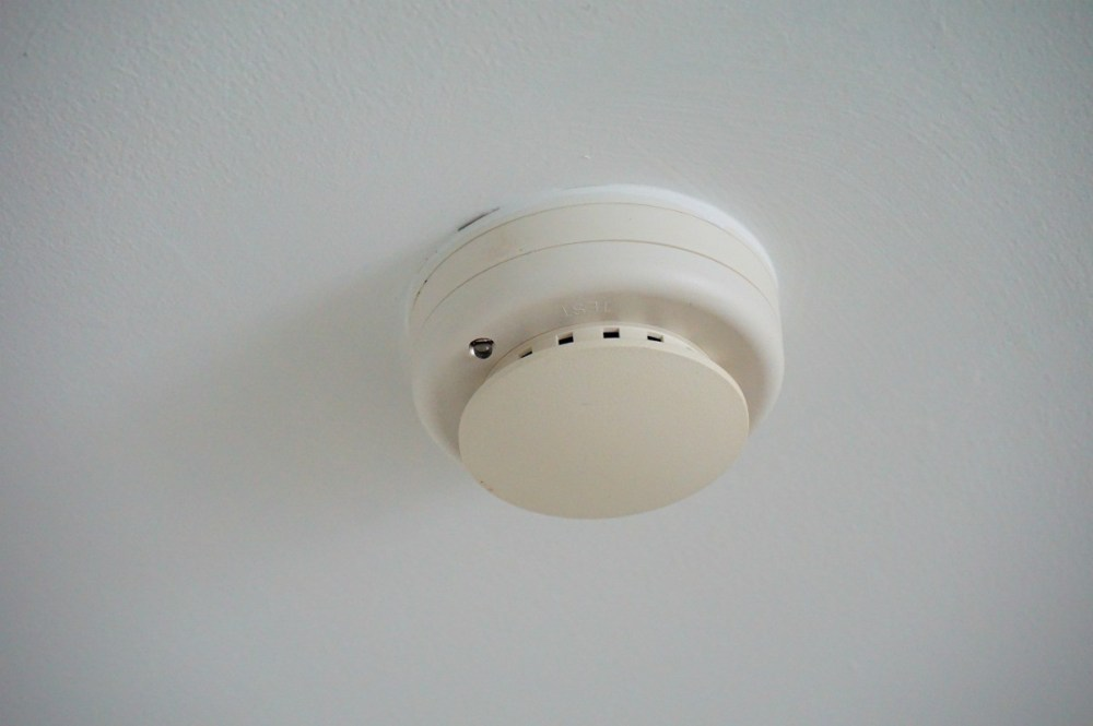 medium resolution of smoke detectors beep when the temperature drops category home safety