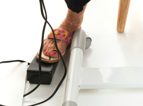 small resolution of a sewing machine foot pedal