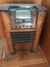 Value of Vintage Cabinet Radio and Console Stereo | ThriftyFun