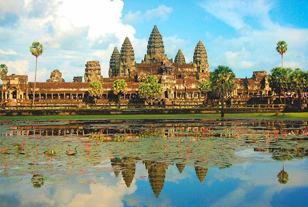 Тур в Камбоджу из Пхукета. Храмовый Комплекс Ангкор Ват.