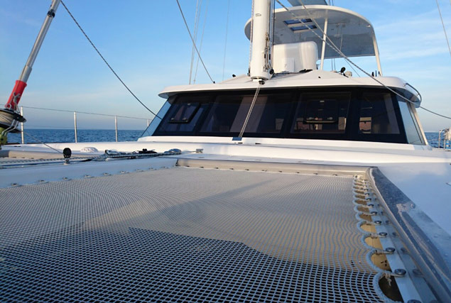 Яхта Sunreef 60 Loft