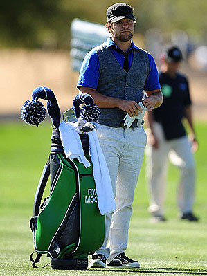 Ryan Moore. Not exactly a throwback, but nearly logo-free...(Robert Beck/SI)