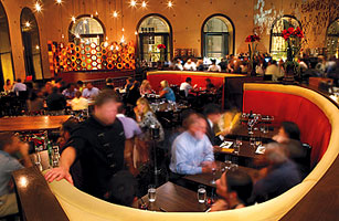 Amuse-Bouche: Eating in the Windy City