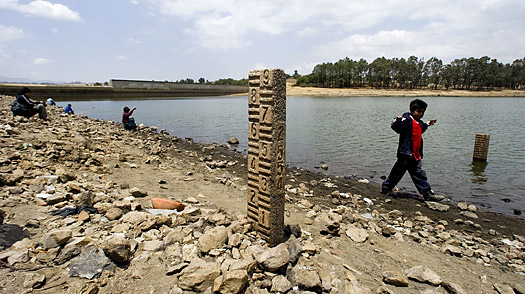Dry Taps in Mexico City: A Water Crisis Gets Worse