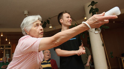 Can Playing Video Games Slow Mental Decline in the Elderly?