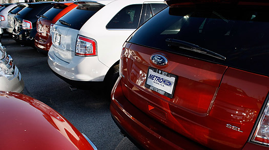 As Cash for Clunkers Starts, Car Dealers Hope to Clear Their Lots