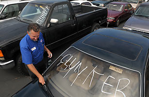 Automakers Give Rave Reviews to Cash for Clunkers