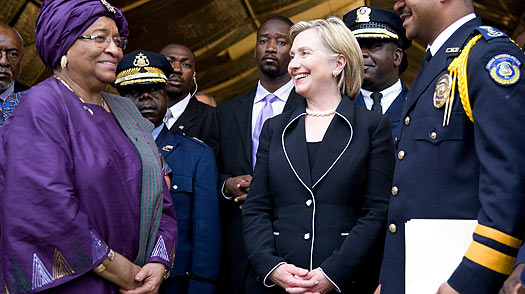 Clinton Bolsters Liberias Embattled President