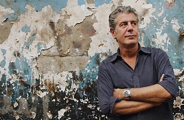 kitchen confidential book costco aid food memoir 'medium raw': anthony bourdain's new anger - time