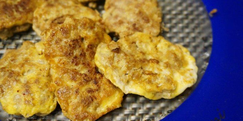【家常小菜食譜簡單DIY】豬肉煎蛋餅-外軟內Q的下飯好菜色--踢小米廚房