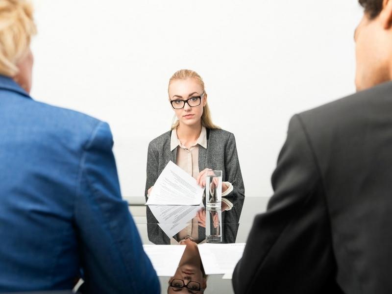 Đi phỏng vấn nên mặc gì để có thể ưng mắt nhà tuyển dụng - Ảnh 3