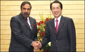 Trade minister of India Anand Sharma with prime minister of Japan Naoto Kan