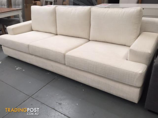 moods 3 seater leather sofa bed ashley jayron power reclining ex display | brokeasshome.com