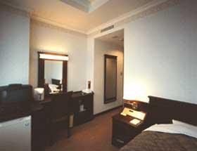 ホテルさっぽろ芸文館(旧北海道厚生年金会館)/客室