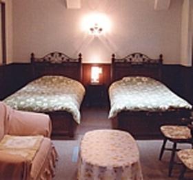 信州 乗鞍高原「一日一組」限定の宿 オーベルジュ イマイ/客室