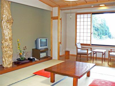 湯川温泉 湯治 高繁旅館/客室
