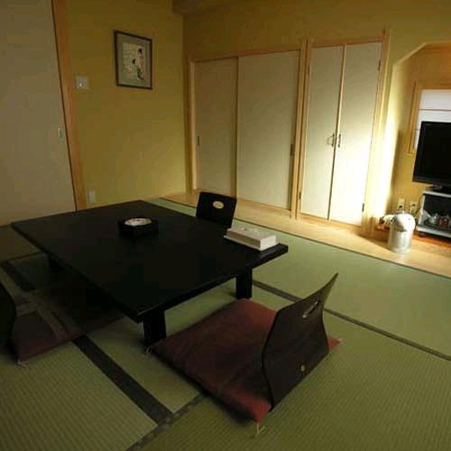 民宿innしらはま 駅の宿/客室