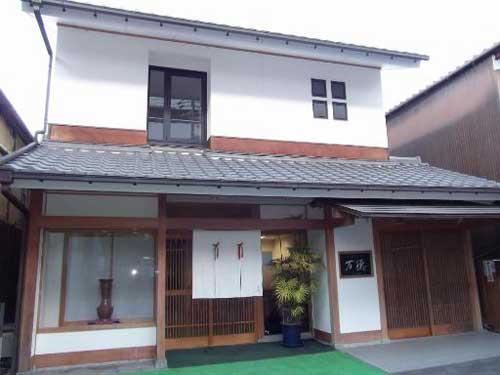ビジネスホテル 万徳/外観