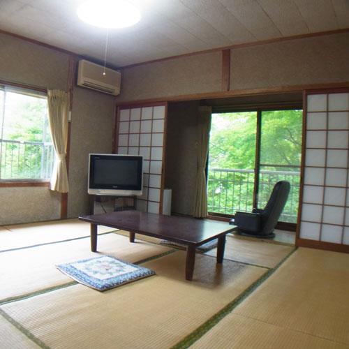 蒜山高原 森林浴の小宿湯船荘/客室