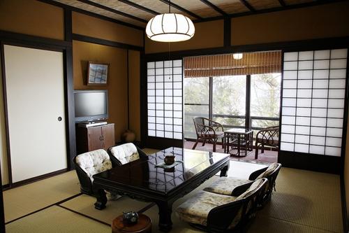 諏訪湖の森 四季亭/客室