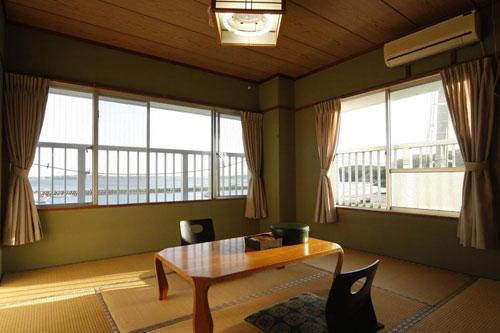 料理自慢の民宿 伊平屋荘/客室