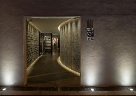 rock star hotel/外観