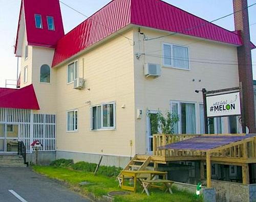 petit hotel MELON 富良野/外観