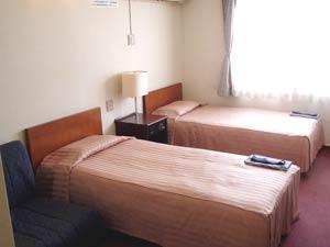 沖縄県青年会館/客室