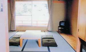 日野町交流センター リバーサイドひの/客室