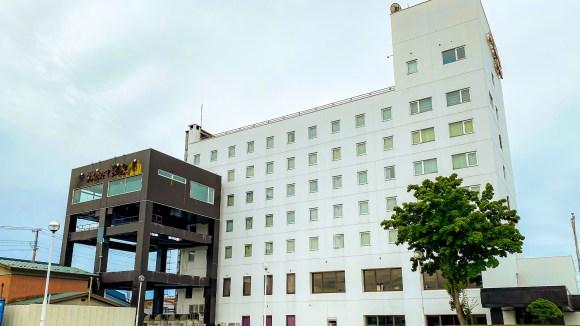 ロイヤルホテル大館/外観