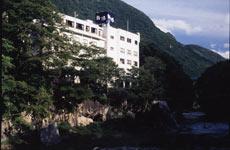 旅館 新湯/外観