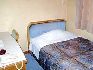 ビジネスホテル いずみや/客室