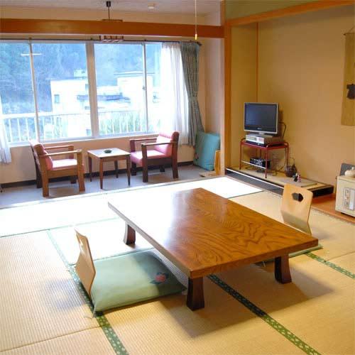宝泉寺温泉 季の郷 山の湯/客室
