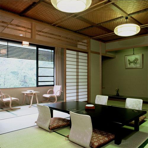 金沢・湯涌温泉 離れと貸切風呂が人気の美食宿 かなや/客室